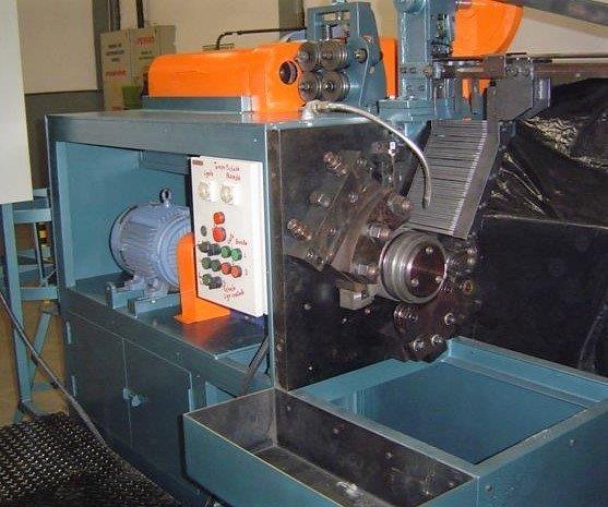 Fábrica de máquinas industriais